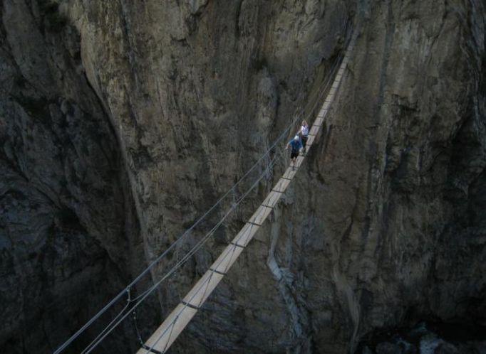 Scary-Bridge-_tsdy