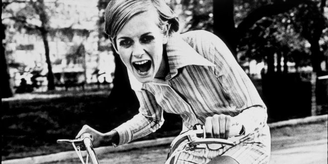 Twiggy, 1967 (Ronald Traeger)